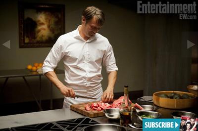 Mads Mikkelsen è Hannibal Lecter, le prime foto