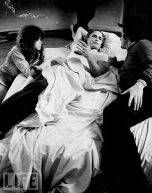 Maria Schneider, Marlon Brando, Bernardo Bertolucci - ULTIMO TANGO A PARIGI, set - foto ©Angelo Novi