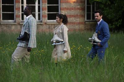 Omar Sy, Audrey Tautou, Romain Duris. La schiuma dei giorni, trailer definitivo, poster e nuove foto