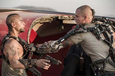 Matt Damon in ELYSIUM di Neill Blomkamp