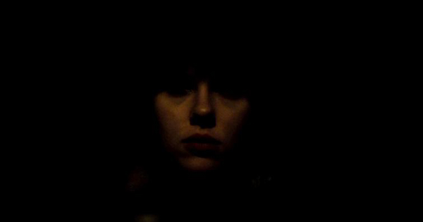 VENEZIA 70, TORONTO 38 - Alieno è l'umano: Under the skin, di Jonathan Glazer