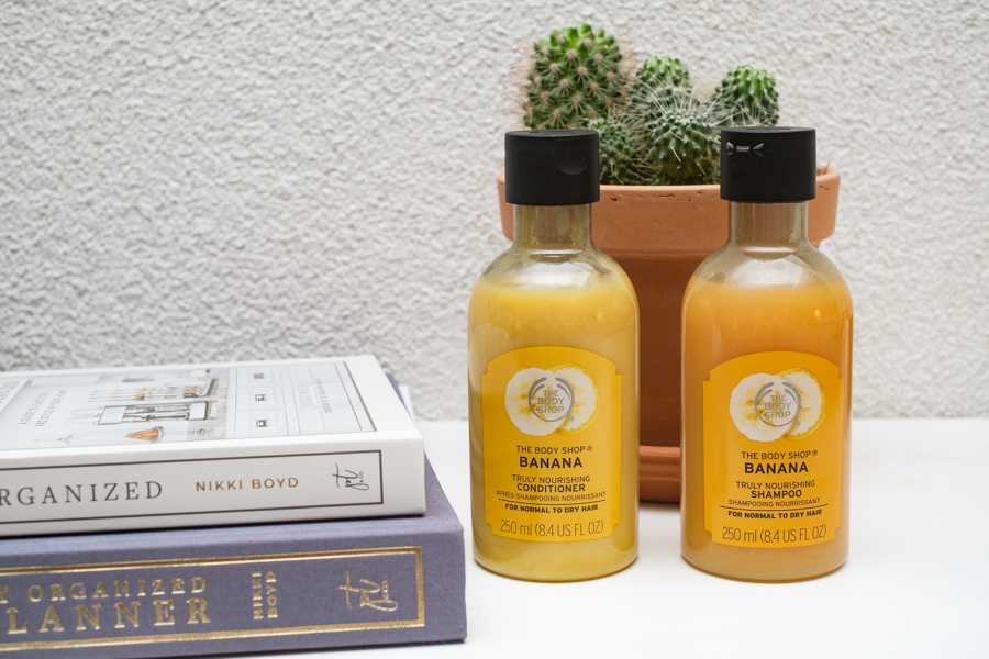 The Body Shop Banana Truly Nourishing Shampoo en Conditioner
