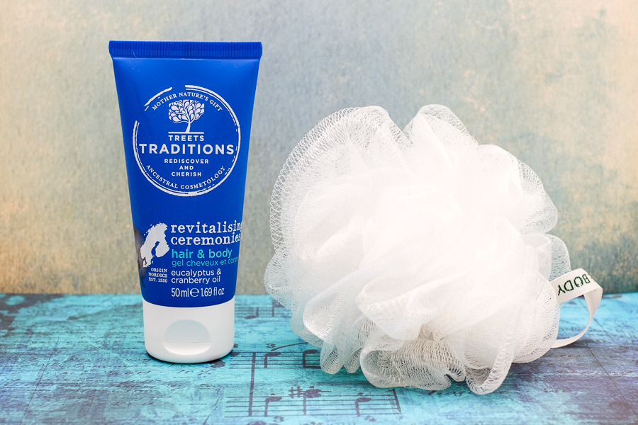 Treets Traditions Revitalising Ceremonies hair & body eucalyptus & cranberry oil