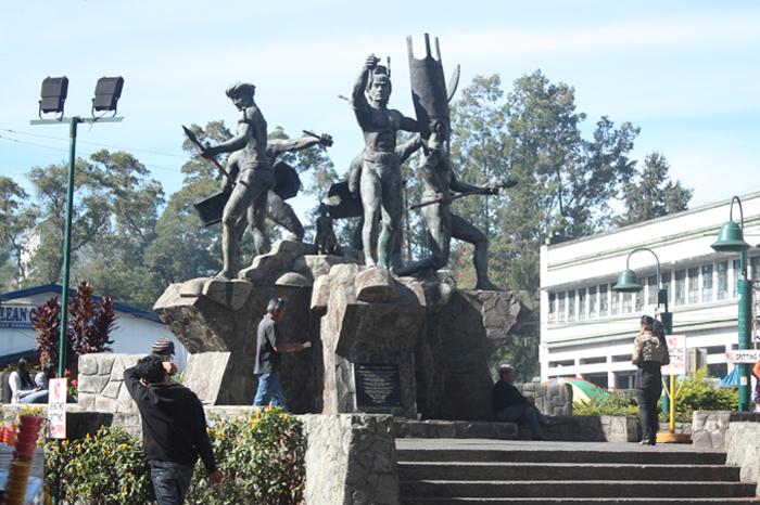 Statues depicting the 5 main Igorot tribes, the Bontocs, Ibalois, Ifugaos, Kalingas, and the Kankana-eys.