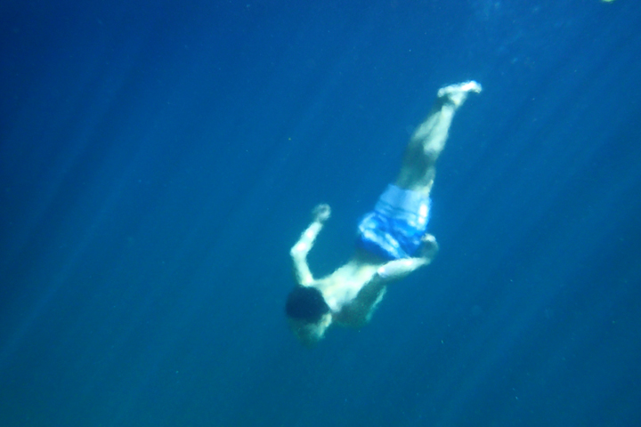I totally forgot to set the camera to underwater scene :-(