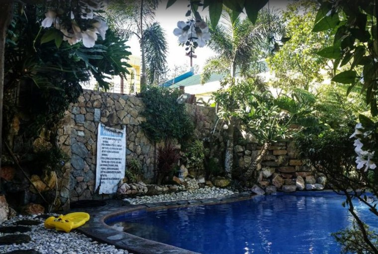 TAGAYTAY HOTELS, RESORTS WITH POOL, CHEAP ACCOMMODATION, ROOMS, INNS