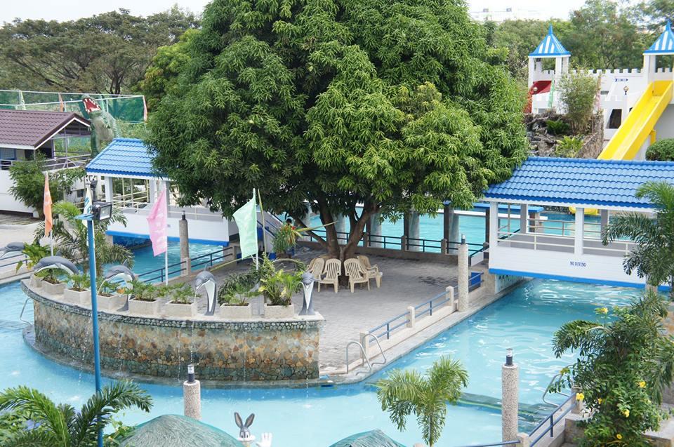 Dasmarinas tubigan garden resort cavite - Beach with swimming pool in cavite ...