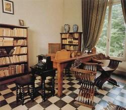 Luigi Pirandello casa dentro