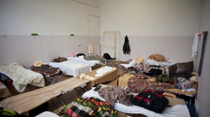 dormitori nelle stazioni di roma