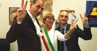 Unioni Civili:SenzaBarcode festeggia Alessandro e Mauro