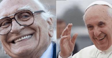 La grande marcia dei radicali intitolata a Marco Pannella e Papa Francesco