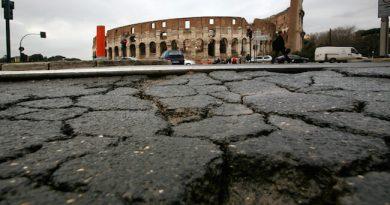 bughe e voragini a roma