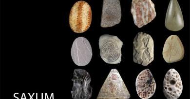 Dal 26 agosto al 23 settembre Saxum. Più di 40 artisti italiani e stranieri si confrontano con il sasso, la pietra, la terra nelle sue molteplici forme