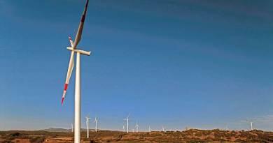 """""""Ministro Calenda non incateni futuro energetico della Sardegna al metano. Ascolti appello per una smart island all'avanguardia della transizione energetica""""."""