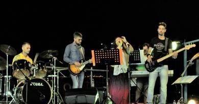 Giuseppina Gazzella, nostra responsabile della redazione Marche di SenzaBarcode, e cantante dei Borea e dei Vandrago, ha subito un furto nel weekend appena trascorso.