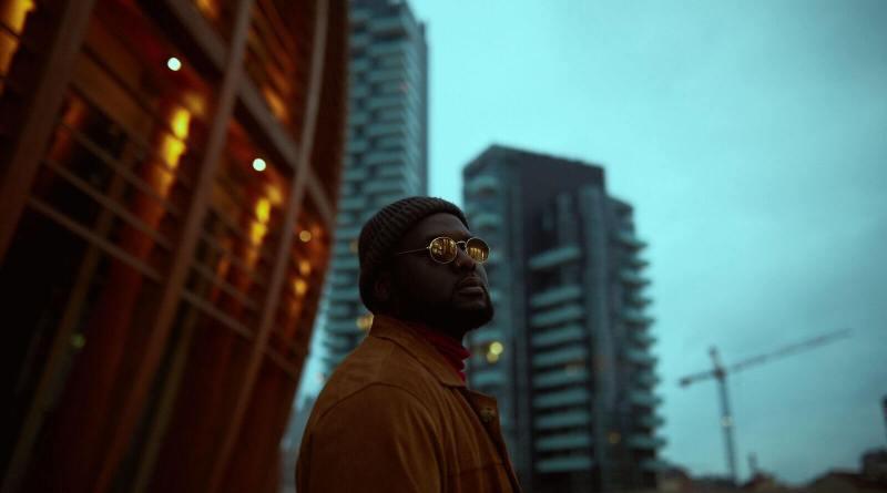 Italiano vero (Universal Music Italia), il disco d'esordio del rapper afroitaliano Tommy Kuti, disponibile in streaming e in digital download.