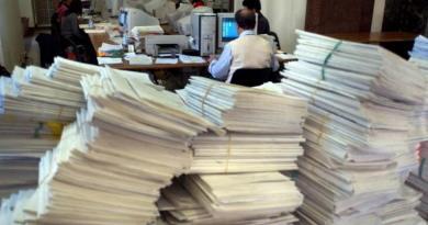 Dal 12 al 16 marzo altri mille idonei provenienti dallo scorrimento della graduatoria del concorso per assistente giudiziario saranno convocati a Roma per scegliere le relative sedi di servizio e firmare, contestualmente, il contratto di lavoro.