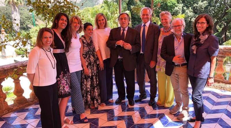 Il Comitato Esecutivo di Federcongressi&eventi, in occasione della riunione svoltasi ieri a Palermo, ha incontrato il sindaco della città Leoluca Orlando, il team di Sicilia Convention Bureau e gli operatori della meeting industry siciliana.
