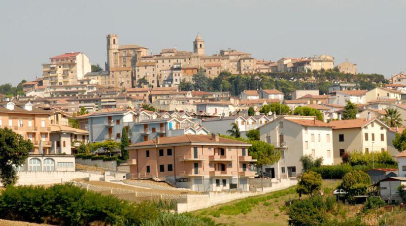 Due suicidi in poche ore per la Provincia di Fermo; a morire un 80enne a Campiglione, domenica sera, e stamattina un 60enne a Monte Urano.
