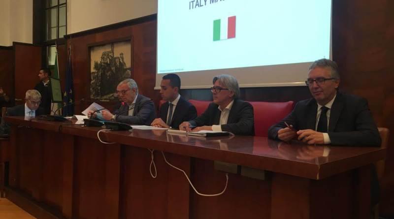 Ieri, giovedì 25 ottobre, la Whirpool ha presentato a Roma il nuovo piano aziendale, che prevede l'azzeramento quasi totale degli esuberi a Comunanza.