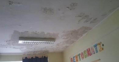 """Santori,Cerquoni eBuoncristiani (Lega)""""In VII Municipio crepe e muffa in aula, bambini in pericolo"""". Situazione nota da mesi."""