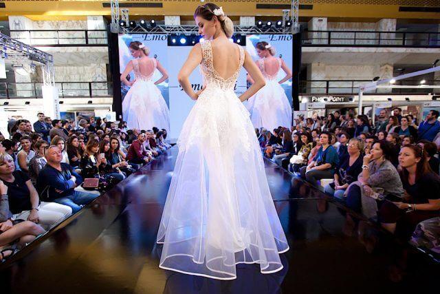 RomaSposa – Edizione d'Autunno, ecco il calendario delle sfilate, più di 1000 abiti in passerella al Salone Nazionale dell'Abito da Sposa.