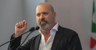 Il Presidente della Conferenza delle Regioni, Stefano Bonaccini, a Palazzo Chigi, suggerisce al Governo di difendere la politica di coesione dell'Ue.