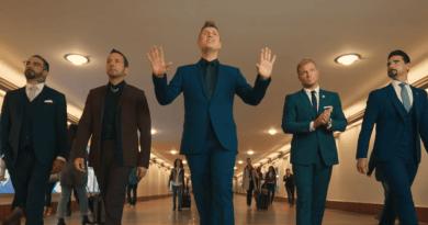 Migliaia di fan già pronti ad accogliere il tour mondiale dei Backstreet Boys, annunciato oggi, che il 15 maggio farà tappa anche in Italia, a Milano.