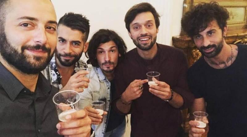 Nella Top 20 di questa settimana c'è Caramelle, il brano scritto ed interpretato da Pierdavide Carone insieme ai Dear Jack, ed escluso da Sanremo 2019.