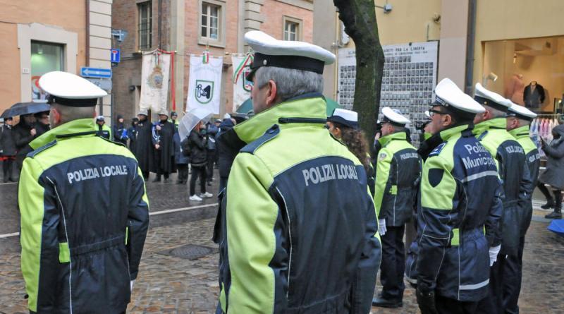 È Pesaro la città in cui, in occasione della festa del patrono San Sebastiano, è stata celebrata la quarta Giornata della Polizia Locale delle Marche.