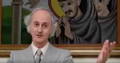 Originario di Ancona, Paolo Paoloni, passato alla storia come il Mega Direttore Galattico di Fantozzi, avrebbe compiuto 90 anni il prossimo 24 luglio.