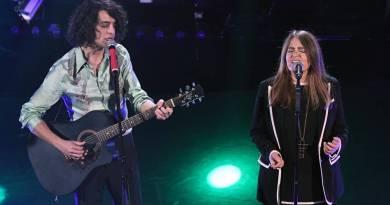 Archiviata la serata dei duetti, vinta da Motta in coppia con Nada, stasera andrà in onda la finale del Festival di Sanremo, in diretta su Rai Uno.