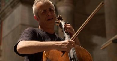 Dalle ore 17 del 30 aprile all'alba del 1° maggio, all'Auditorium Santa Croce di Roma, si terrà la II° edizione del Rave Clandestino di Musica Classica.