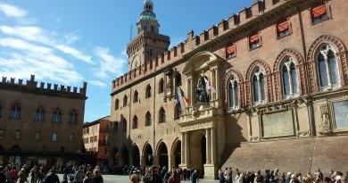 Sei a Bologna per un giorno e vuoi assicurarti di vederne almeno le attrazioni fondamentali? ecco la lista delle 5 cose imperdibili.