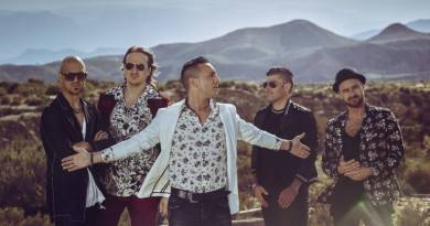 Dopo un lungo periodo di assenza, tornano sulle scene i Modà, con un nuovo album, un tour nei palasport e un singolo che uscirà il 21 giugno.