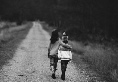 Siblings è una parola inglese che significa fratelli o sorelle. Viene comunemente utilizzata per definire i fratelli e le sorelle delle persone con disabilità.