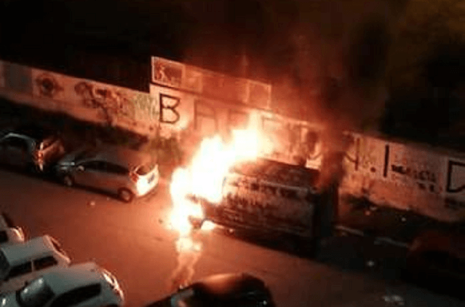 A Corviale nella notte del 14 ottobre scorso è divampato un incendio nella cabina contatori elettrici della scala B presso Largo Cesare Reduzzi.