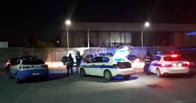 Eur, proseguono i controlli anti prostituzione: nella serata di ieri identificate oltre 20 persone e applicati 8 ordini di allontanamento. Denunciato un uomo.