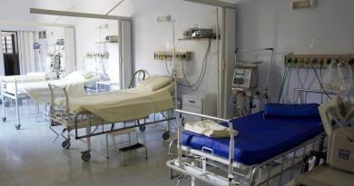 I pazienti COVID 19 positivi sono in totale 120. Di questi, 19 pazienti necessitano di supporto respiratorio.