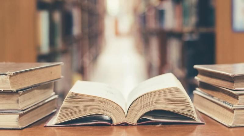 Il libro come bene primario, necessario, oggetto culturale per elezione. La Cultura in casa, #iorestoacasaeleggo.
