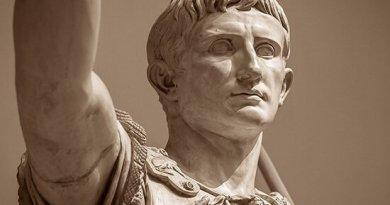 Dopo esserci occupati di Giulio Cesare, oggi passiamo al suo erede, Ottaviano Augusto: quest'ultimo nasce col nome di Gaio Ottavio Turino