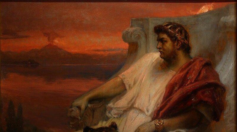 È l'archetipo dell'imperatore pazzo e tirannico: stiamo ovviamente parlando di Nerone, colui che secondo la tradizione diede fuoco a Roma