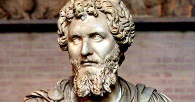Lucio Settimio Severo nasce a Leptis Magna, una florida e potente città commerciale dell'odierna Libia, l'11 aprile del 146 da una famiglia di rango equestre, molto facoltosa.
