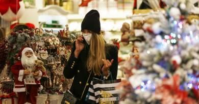 Anche quest'anno è arrivato dicembre. Il mese del Natale, delle feste, dei cenoni e della caccia spasmodica al regalo giusto da fare ai nostri amici, ai nostri amori e ai nostri cari.