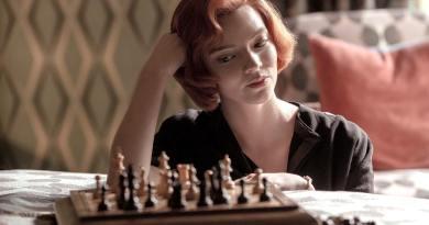 Emily in Paris e The Crown sono due serie tv di grande successo, così come la miniserie La regina degli scacchi.