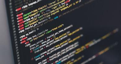 Oggi il fenomeno del cyberbullismo è ben noto in tutti i plessi scolastici che hanno l'obbligo normativo di attivare progetti ...