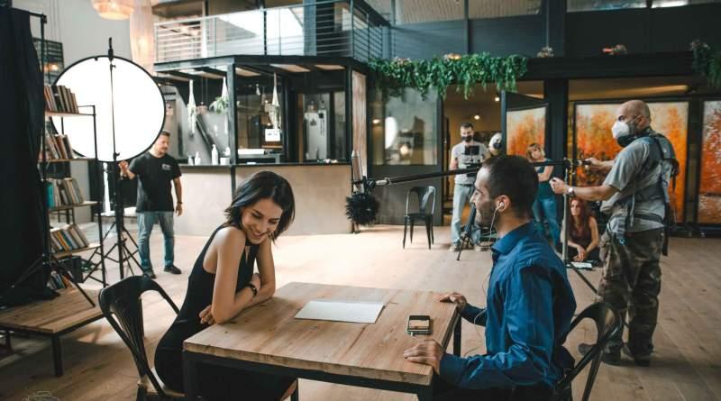 Presentato in anteprima alla 78a Mostra d'Arte Cinematografica The Circle of Love di Enzo Bossio con Michelle Carpente e Adriano Squillante.