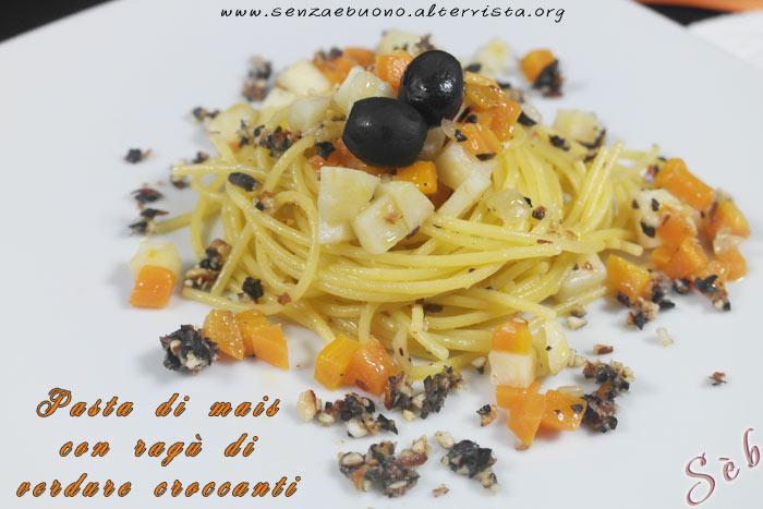 Pasta di mais con ragù di verdure croccanti