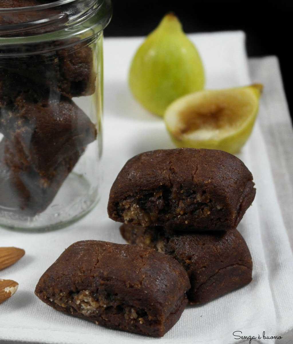 Biscotti ripieni di fichi vegan senza glutine