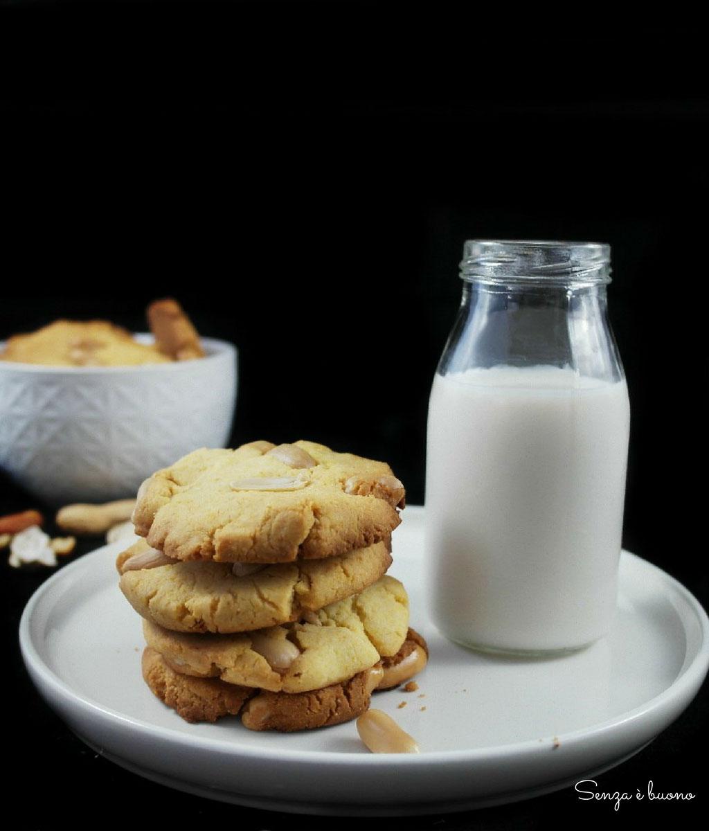American cookies alle arachidi senza gluitne e senza latticini